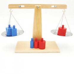 Balance en bois avec poids