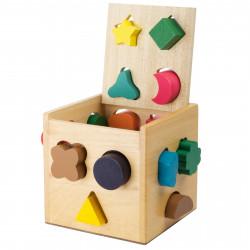 Cube avec formes à introduire