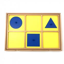Plateau de présentation du cabinet de géométrie Montessori